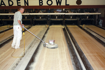 A Look At The Dying Craft Of Sanding Amp Finishing Bowling