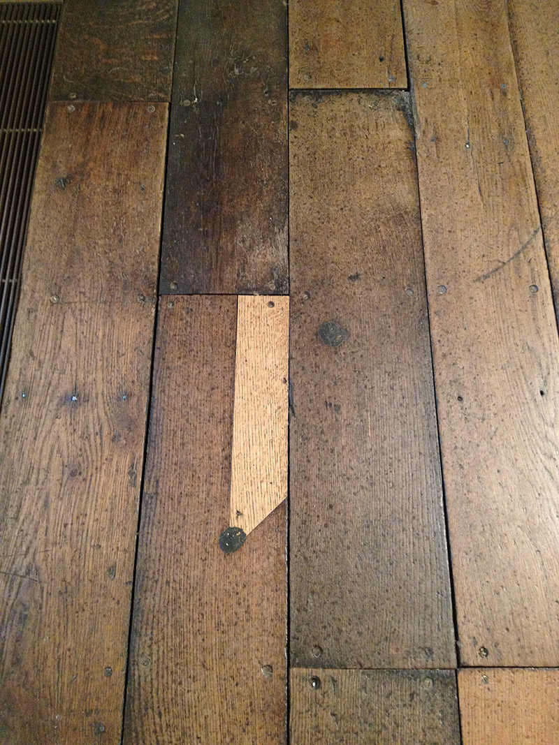 This Old English Floor Bet You Can T Take Your Eyes Off