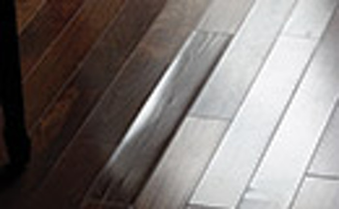 Oom 1214 Hf Dj15 Techn Dried Wood Floor Feat