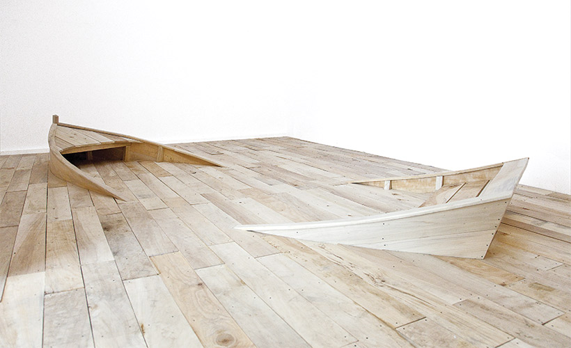 French Artist Gives 'Floating Floor' a