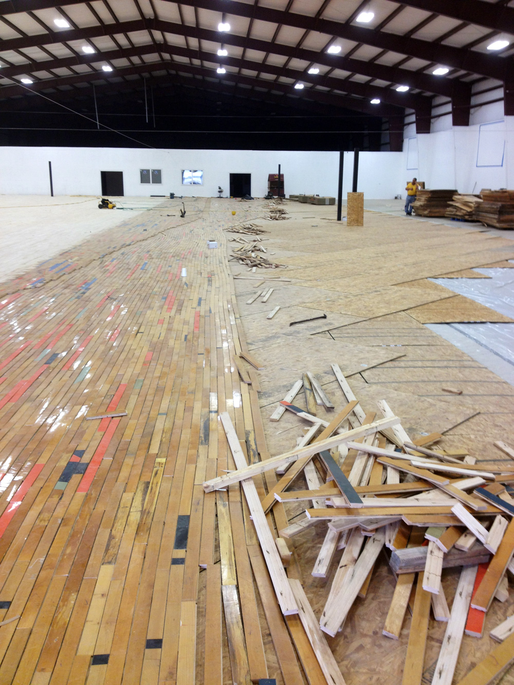 The world 39 s largest recycled floor could be in texas for Texas floors